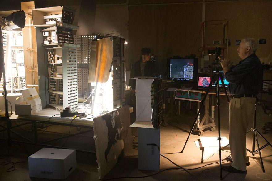 cinematography-concept-design-miniatures-blade-runner-2049-weta-workshop-4-5a0ac170c2487__880